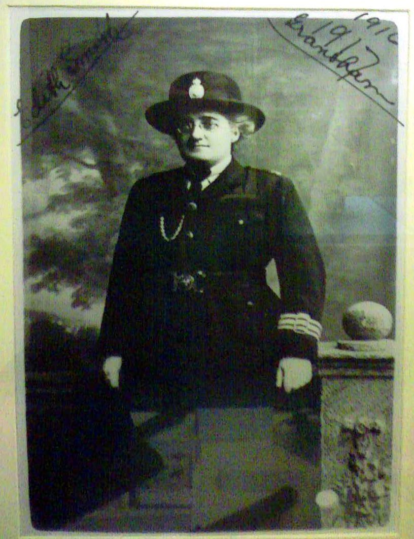 Edith Smith was the first woman police officer in the UK with full power of arrest.