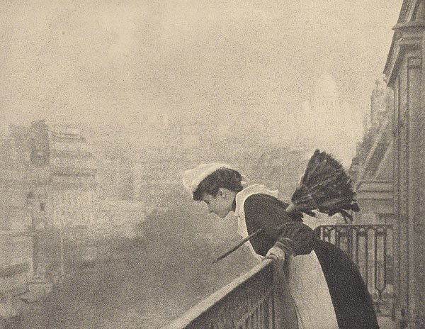 Maid-1906-Paris
