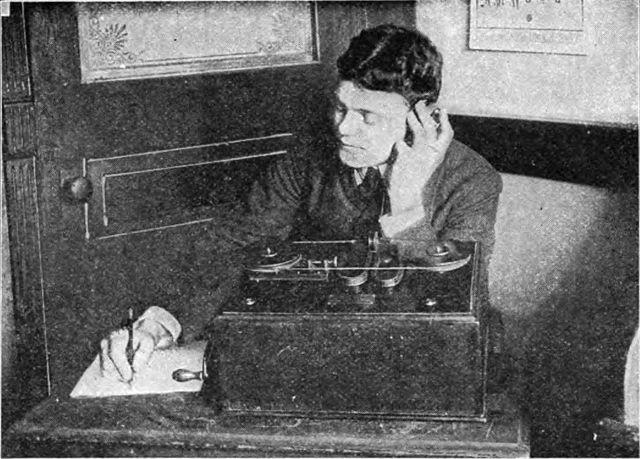 Marconi-telegraph-operator