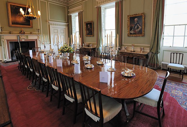 Royal-Dining-Room