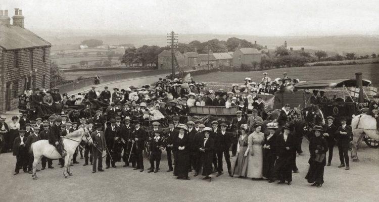 Penistone Road Sheffield 1900-1910