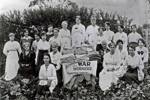 Women Working c 1915